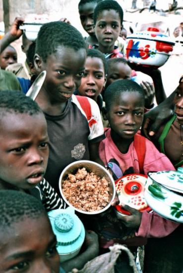 Tambarga - Le repas de la cantine (céréales des USA)